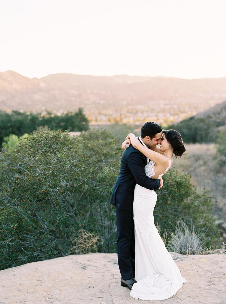 fine-art-wedding-photographer-hummingbird-nest-ranch-gregory-ross